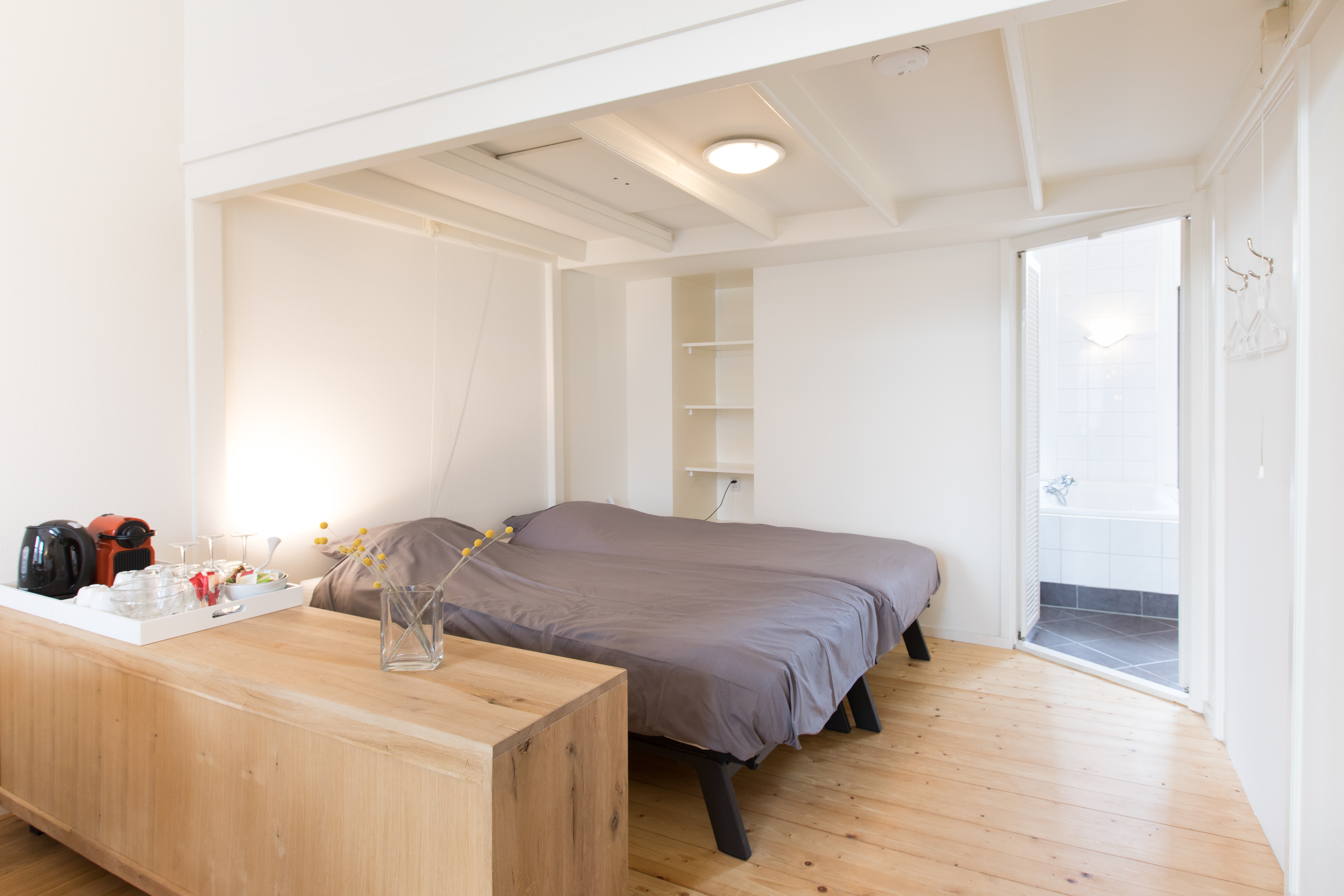 Appartement met 2 slaapkamers en uitzicht op toren, slaapgedeelte