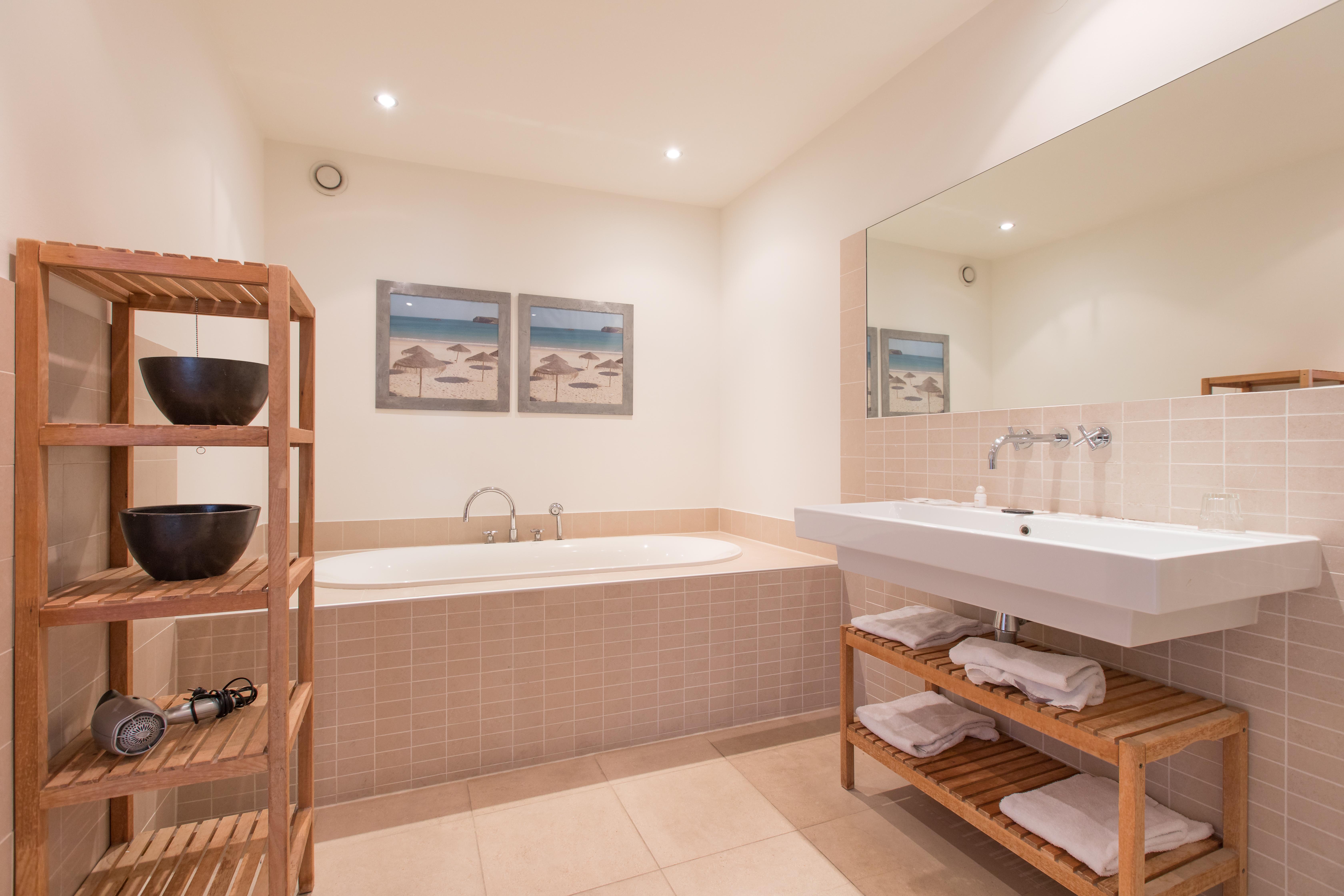 Luxe IJssel Suite, badkamer