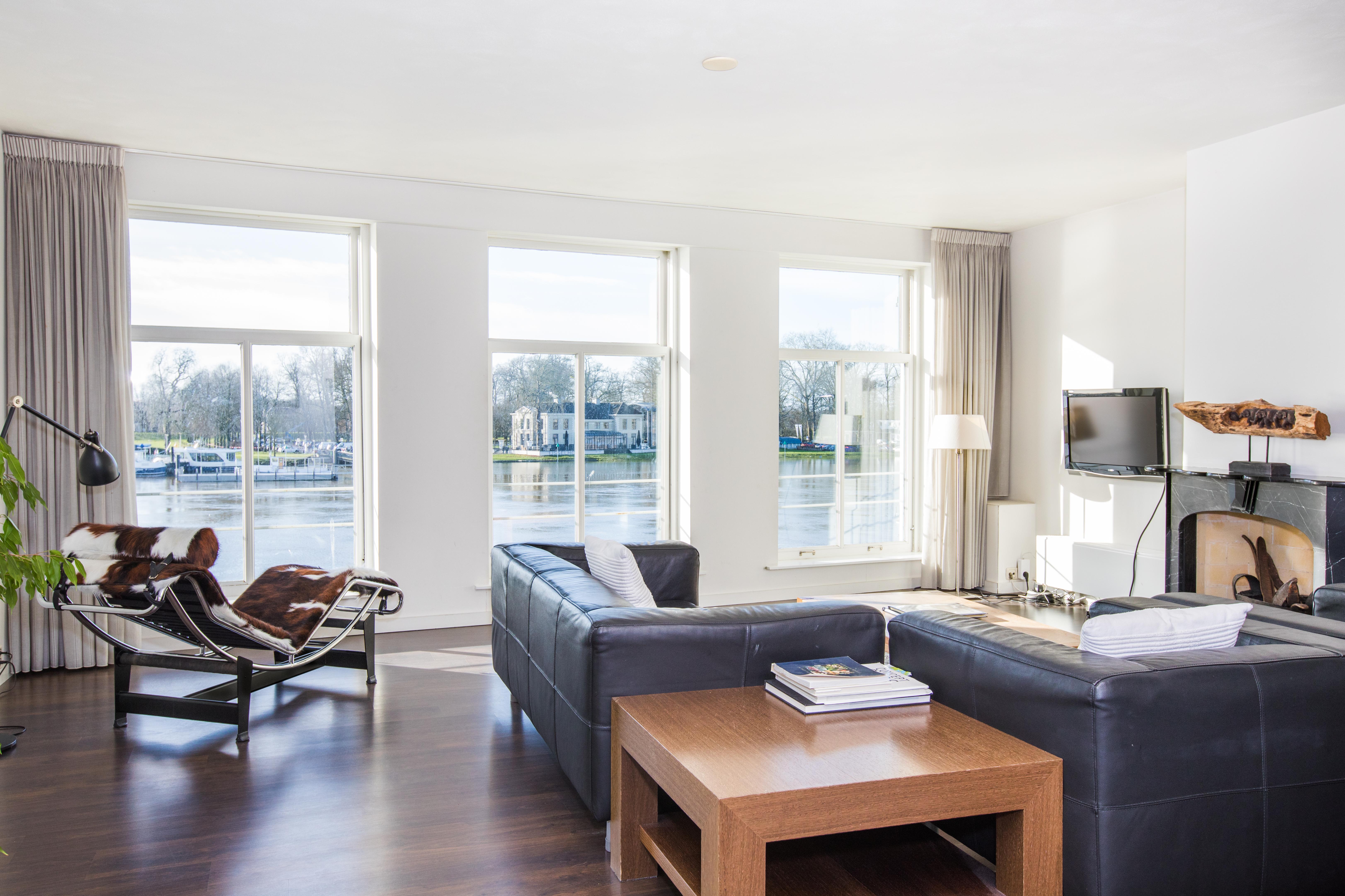 Luxe IJssel Suite, woonkamer
